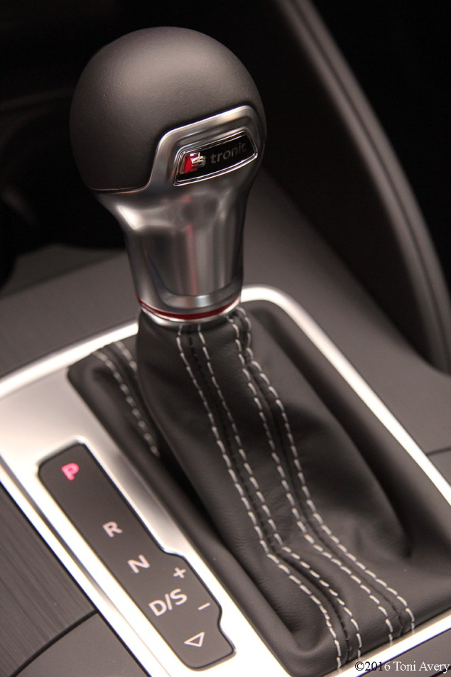 2016 Audi S3 gear shift