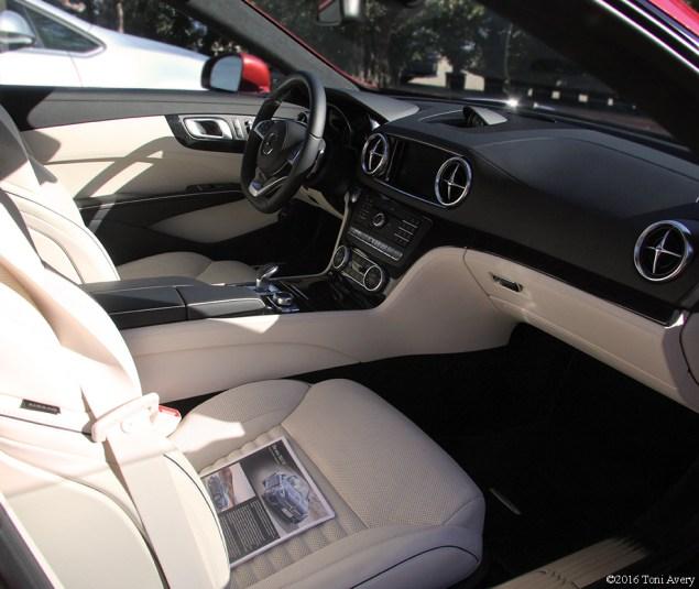 2017 Mercedes-Benz SL450 Convertible interior