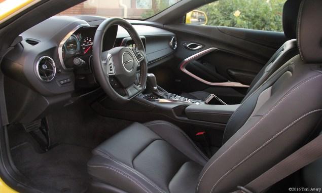 2016 Chevrolet Camaro RS V6 interior front