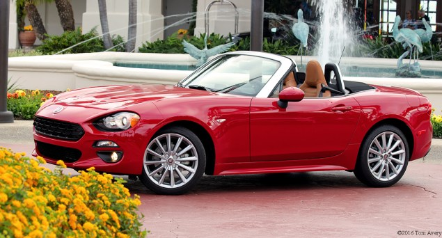 2017 Fiat 124 Spider Launch Lusso front