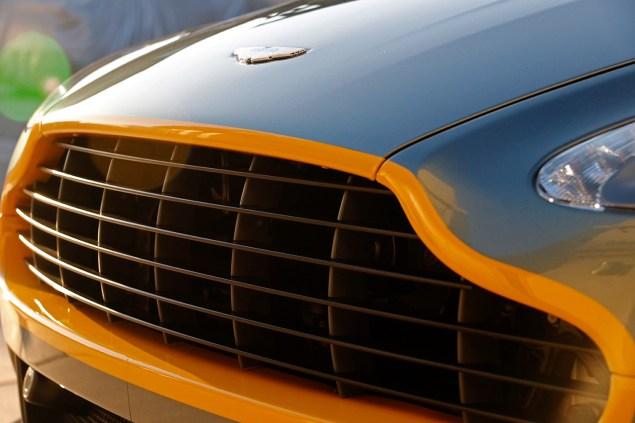 2016 Aston Martin Vantage GT grille