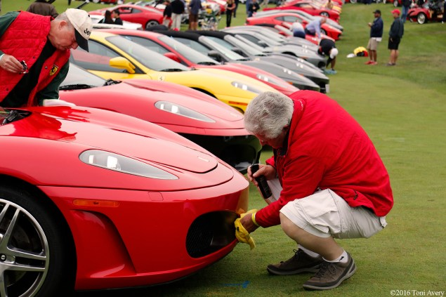 Concorso Italiano cleaning Ferrari