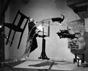 """""""Dalí Atómico"""", realizado junto a Philippe Halsman (1948)"""