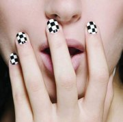 easy & simple black nail art