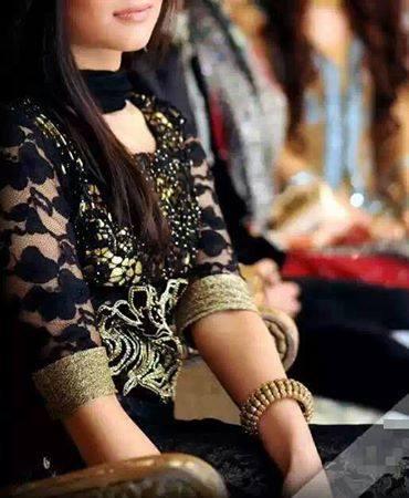 Punjabi Girl With Gun Wallpaper Eid Dps For Facebook Girls Mag