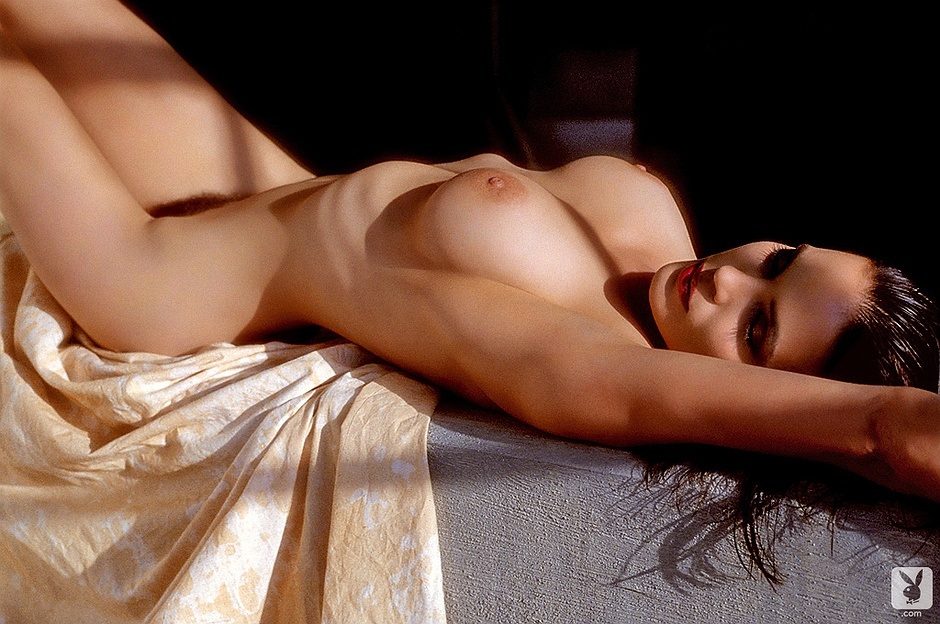 Nackt Elizabeth Gracen  Elizabeth Gracen