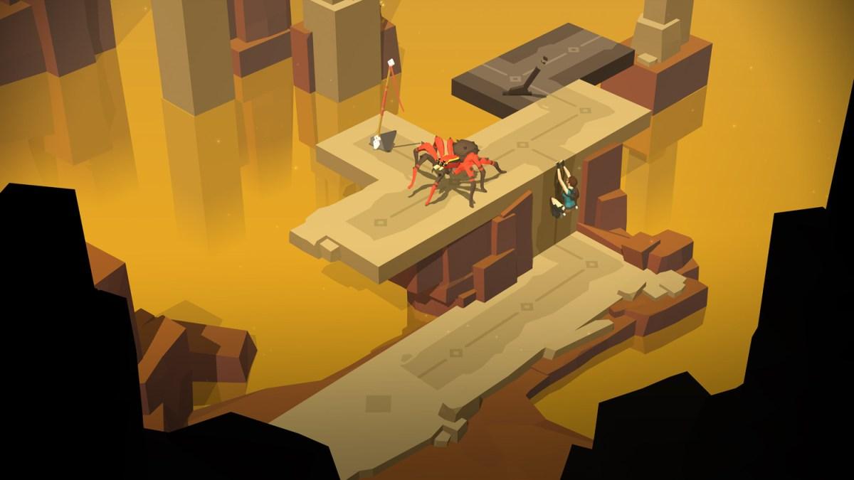 Wall climning - Lara Croft GO screenshot - Square Enix