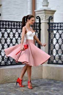 pale pink skirt, red shoes