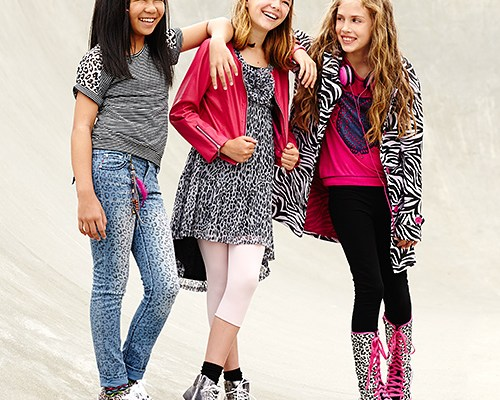 10 Cool 'Gotta-Have-Them' Accessories for Tweens Back to School