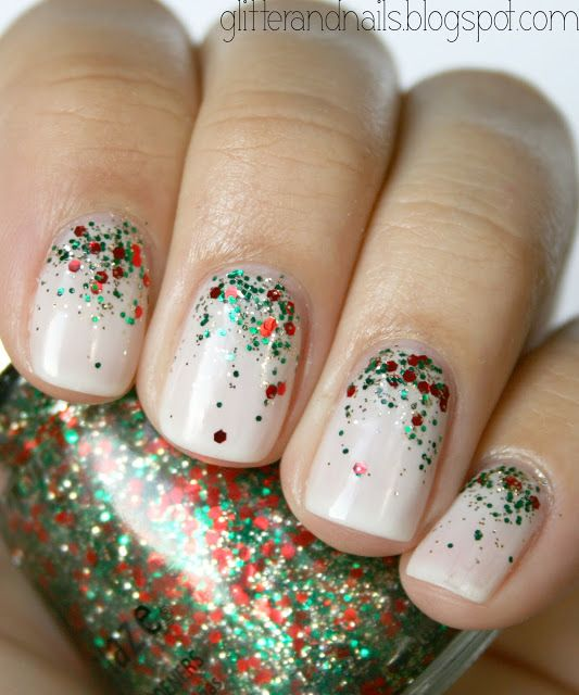 10 Super Cute Holiday Manis You Can Do