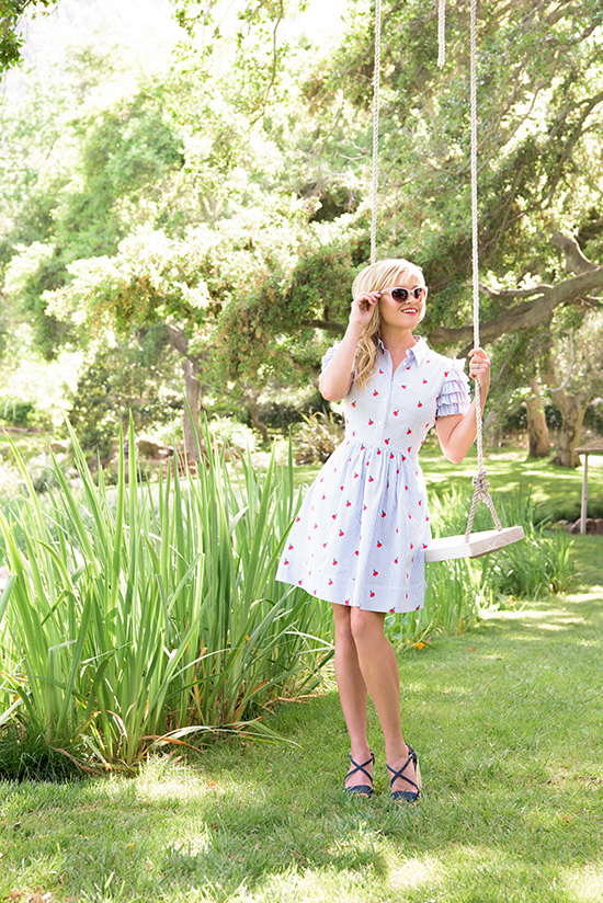 Reese Witherspoon's collection just launched @Nordstrom – and it's pretty cute, y'all!