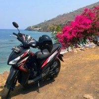 Driving scooter in Indonesia – Traffic rules and useful tips.