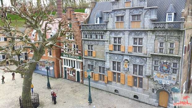 Five reasons why you should visit Madurodam, a miniature park of the Netherlands. City. @girlswanderlust #girlswanderlust.jpg