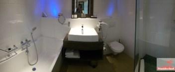 HOTEL REVIEWCarlton beach hotel, Scheveningen, Bathroom