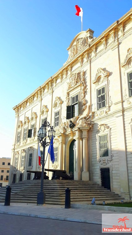 Auberge de Castille - Cityguide Valletta, Malta by Girlswanderlust.jpg
