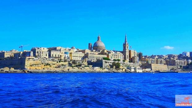 Valletta skyline - Cityguide Valletta, Malta by Girlswanderlust