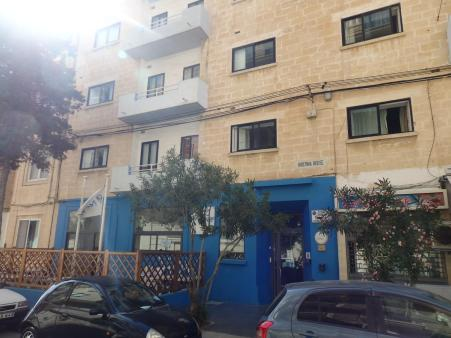 Hostel review NSTS Hibernia Residence & Hostel Malta. Front. By @girlswanderlust #Malta