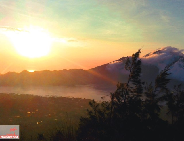 The 20 best places to watch the sunrise and #sunset in #Bali, #Indonesia by @girlswanderlust Mount #batur @bali #volcano #sunrise
