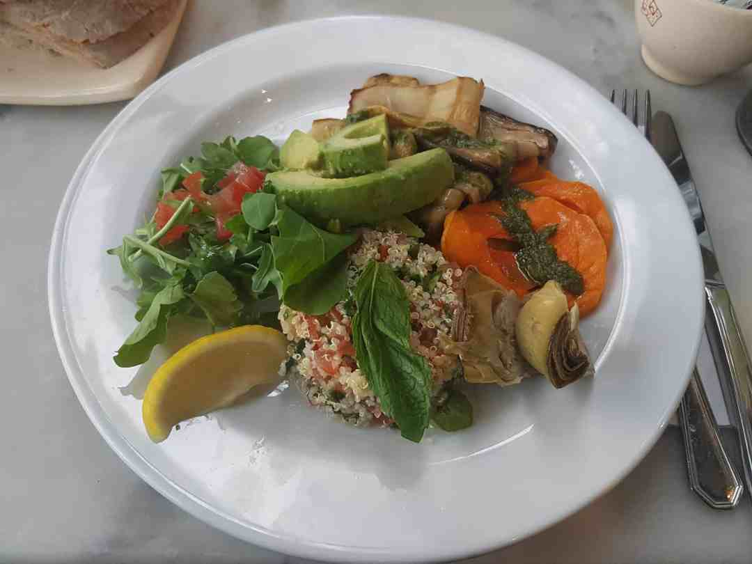 Girls Who Travel | Le Pain Quotidiene's Quinoa Salad, Buenos Aires, Argentina