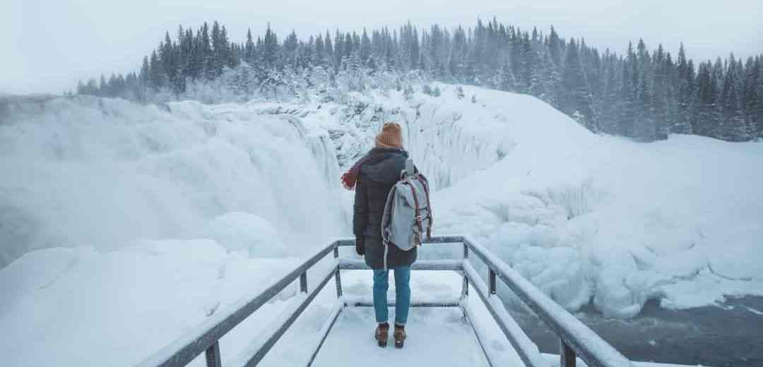 Girls Who Travel | Things People Don't Tell You About Solo Travel
