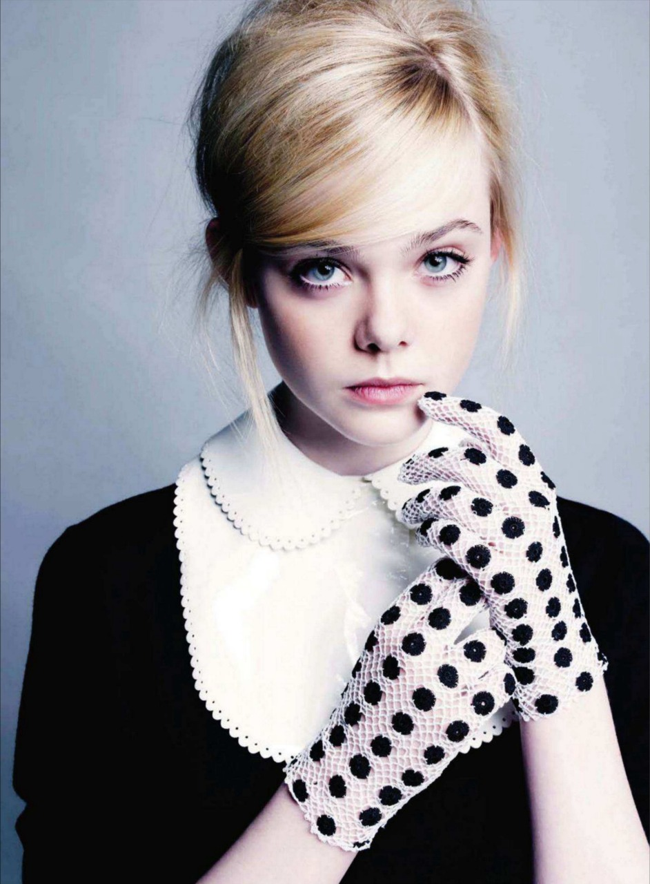 Elle Fanning Refuses To Give Up School For Hollywood
