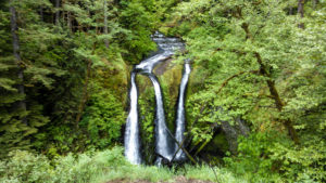 Great Hikes in the Columbia Gorge, Triple Falls, Girl Who Travels the World