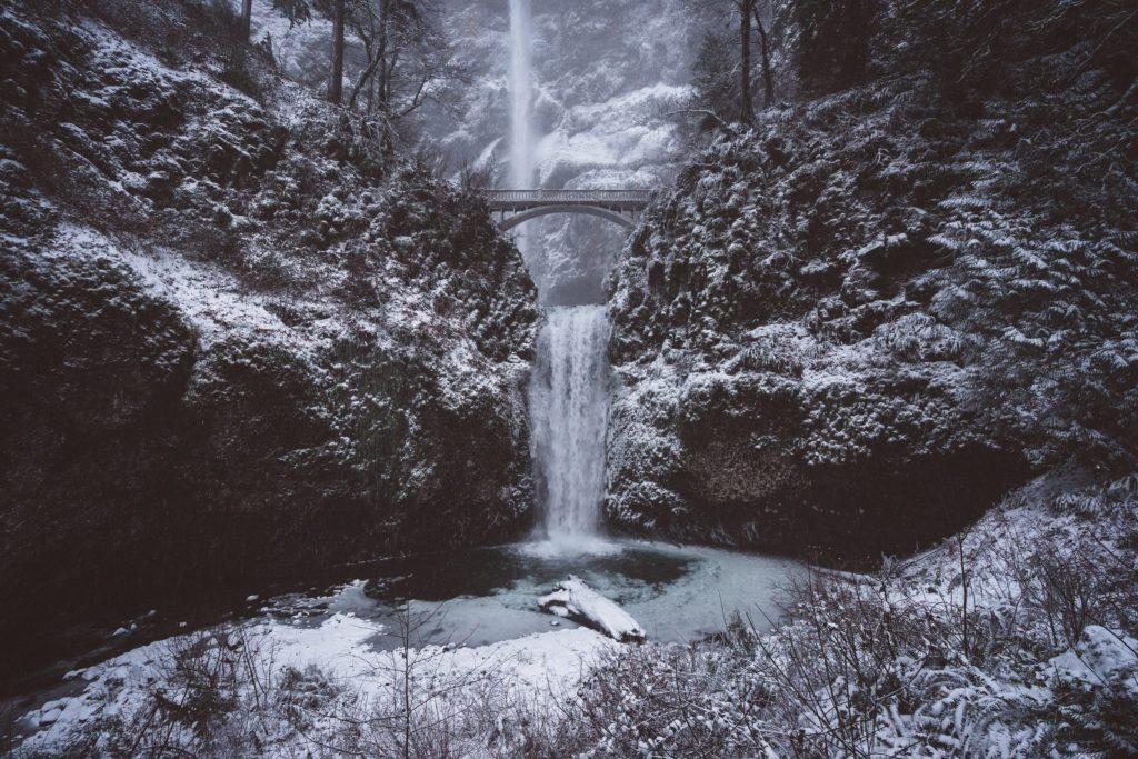 How to Get to Multnomah Falls Hike, Great Oregon Hikes, Girl Who Travels the World