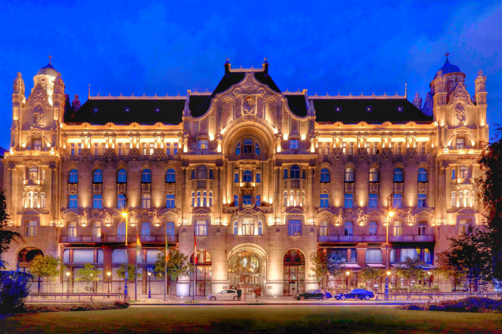 Fairy Tale Castles of Budapest, Four-Seasons-Hotel-Gresham-Palace
