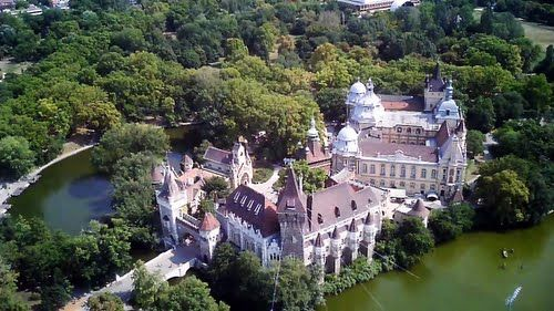 Fairy Tale Castles of Budapest, Vajdahunyad Castle