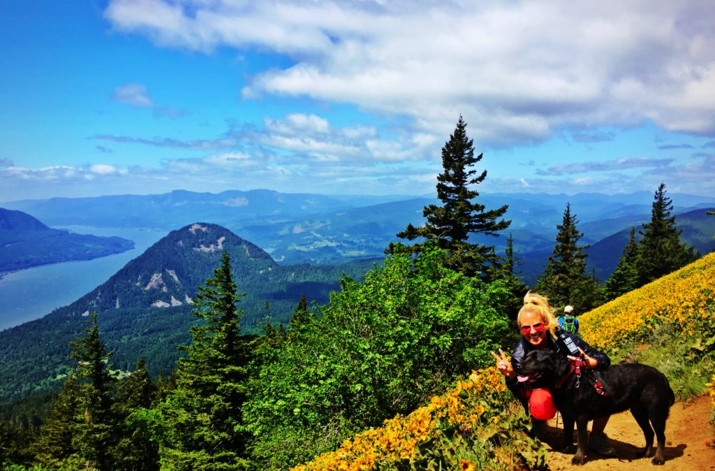 How to Get to Dog Mountain Hike, Girl Who Travels the World