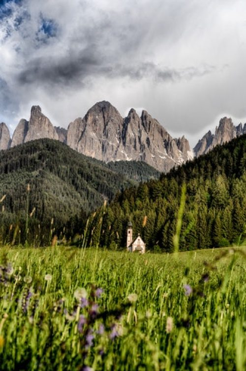 20 Photos to Inspire Your Italy Travels, Girl Who Travels the World, Dolomites, Italy