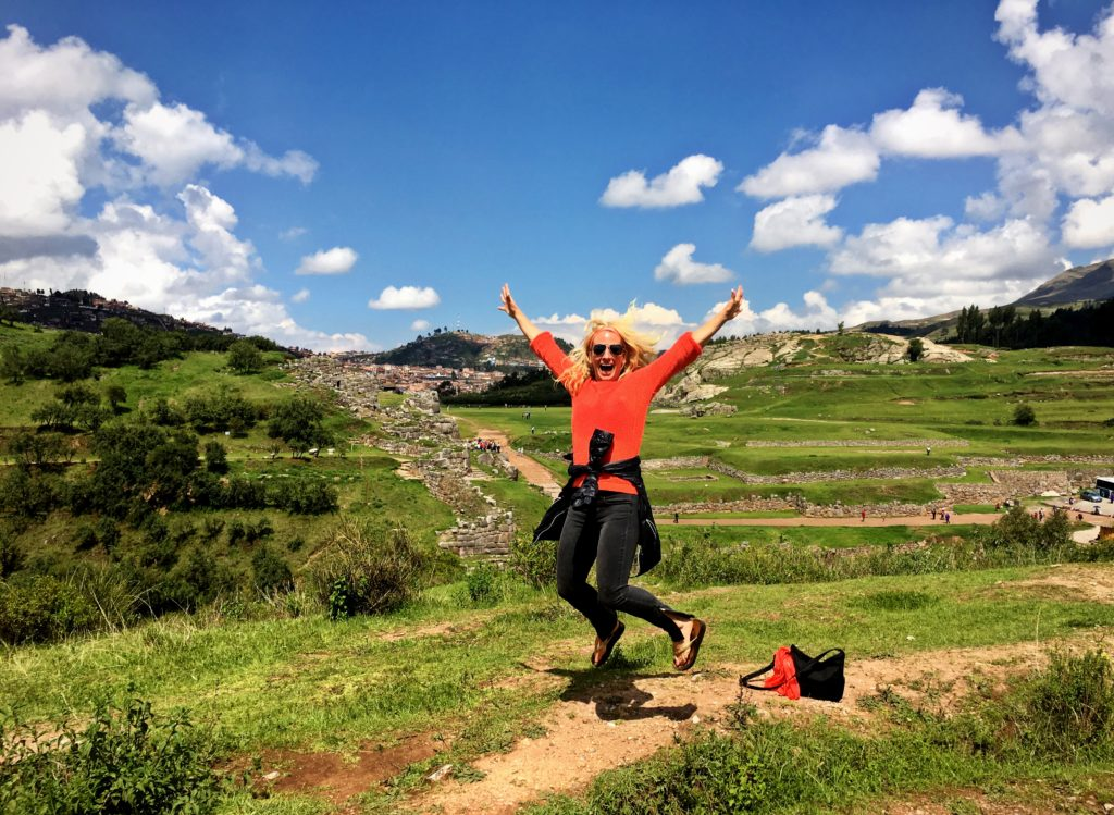 10 Reasons Why Solo Travel Rocks, Girl Who Travels the World