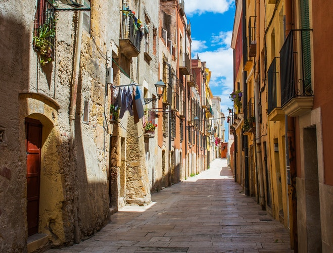 Ultimate Girl's Guide to Spain Travel, Girl Who Travels the World, Tarragona, Spain (south of Barcelona)