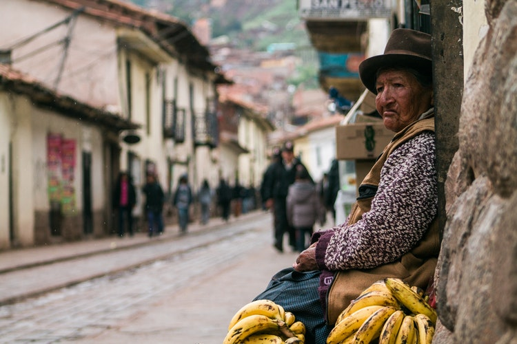 Why Cusco is One of My Favorite Cities in the World, Girl Who Travels the World, Woman in Cusco