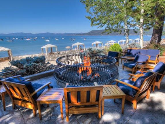 Best Lakefront Hotels in North Lake Tahoe, Girl Who Travels the World, Hyatt Regency Lake Tahoe
