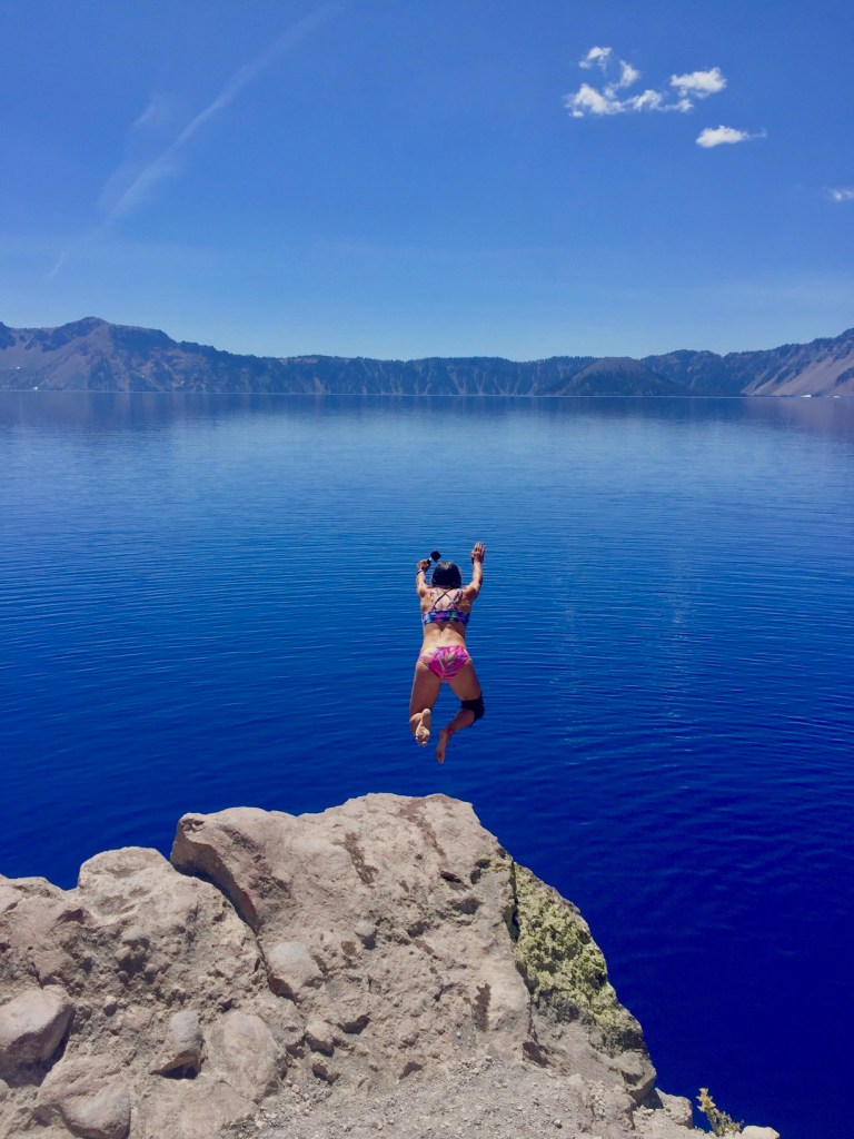 Visiting Crater Lake in Summer, Girl Who Travels the World