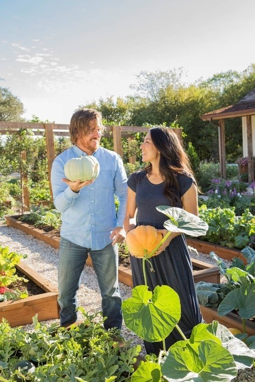Why NOW is Time to Join Your Local CSA, Girl Who Travels the World, JOanna Gaines