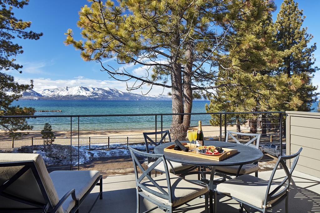 Best Luxury Lakefront Resorts in Lake Tahoe, Girl Who Travels the World, The Landing Tahoe