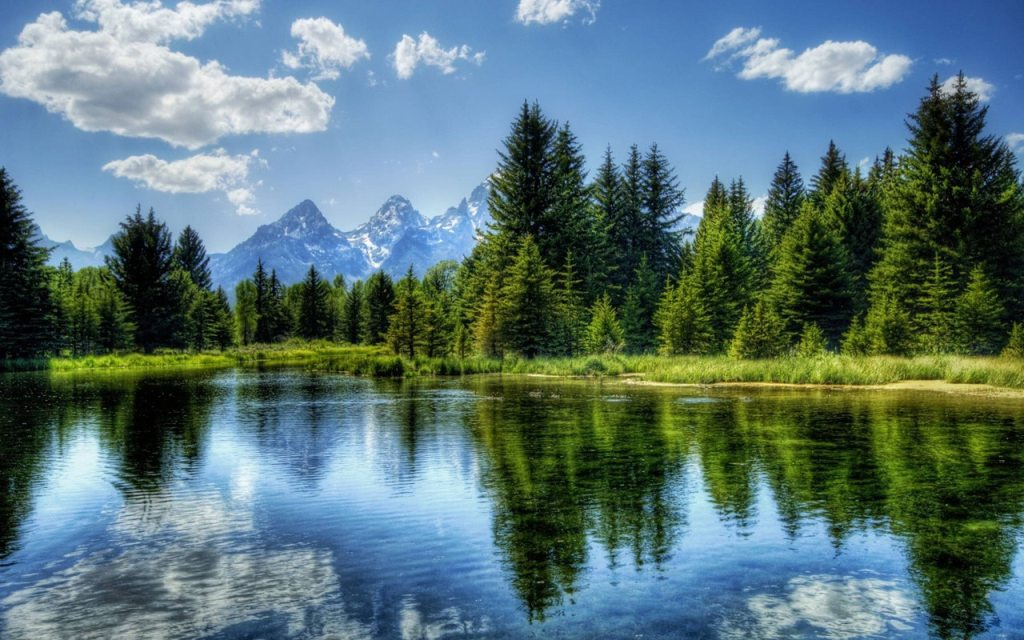 Best Lakes by Bend, Oregon, Girl Who Travels the World