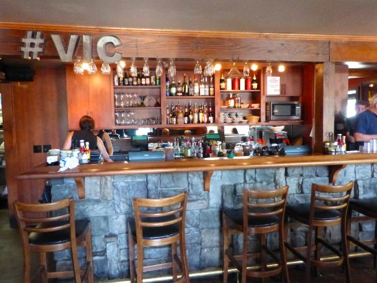Best Brunch Spots in Bend, Oregon, Girl Who Travels the World, The Victorian Cafe
