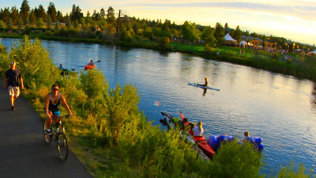 Where to Paddle Board by Bend, Oregon, Girl Who Travels the World