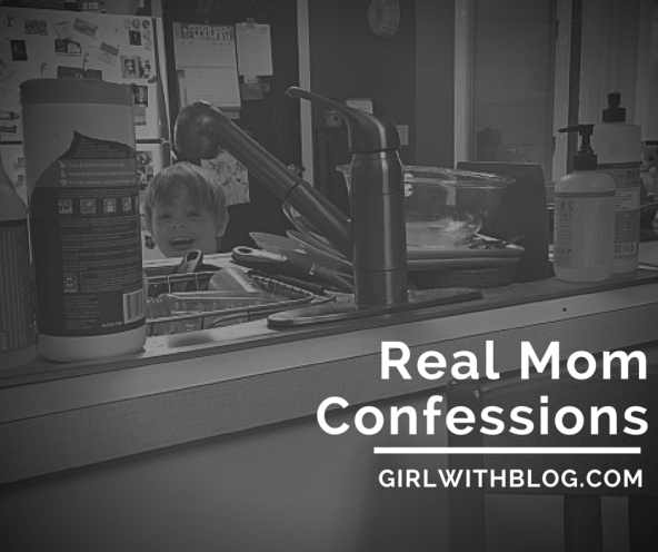 #realmomconfessions on girlwithblog.com