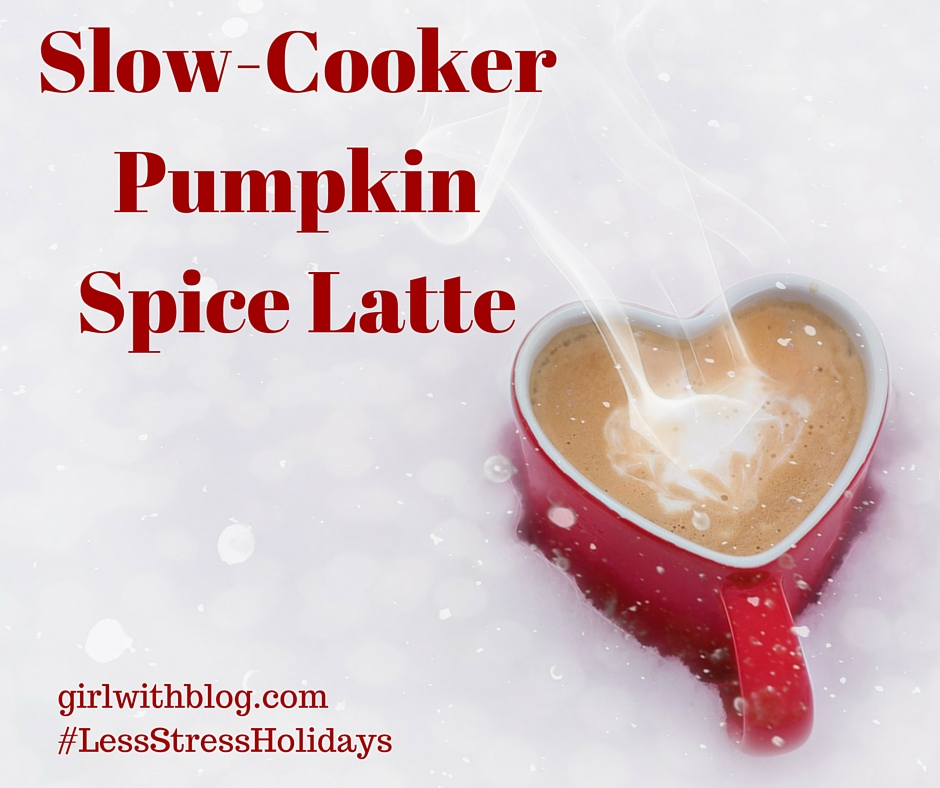 Slow-Cooker Pumpkin Spice Latte // girlwithblog.com