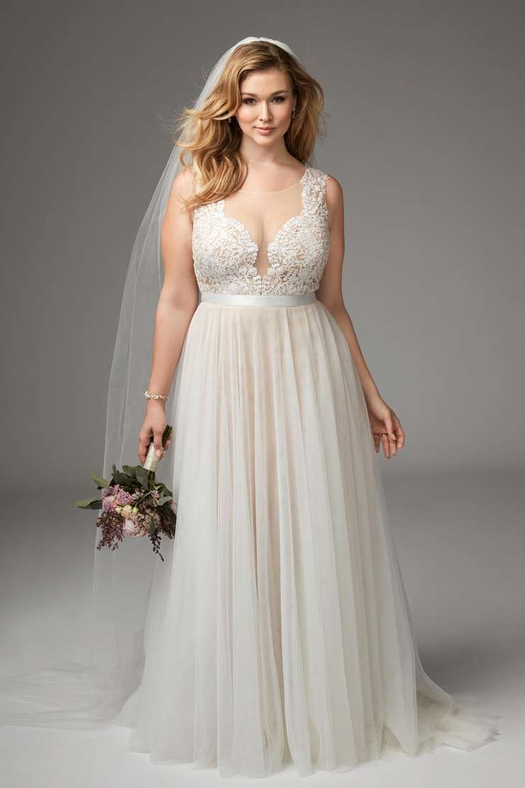 Where to Find Amazing Plus Size Wedding Dresses