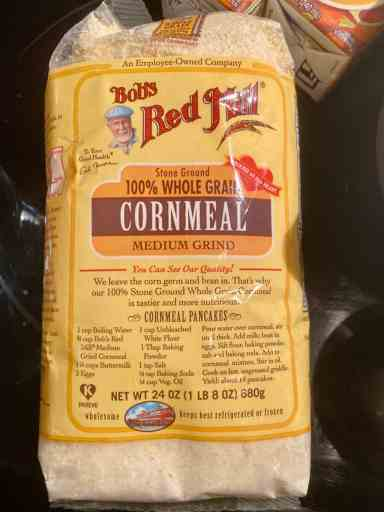 bag of bobs red mill cornmeal