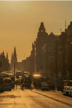 Use the public buses to tour Edinburgh Scotland in 4 days.
