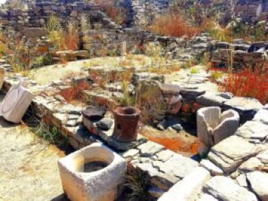 The ruins of Delos should definitely be on your itinerary for 3 days in Mykonos.