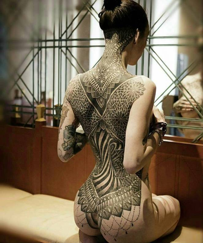 40 Beautiful & Sexy Tattoos - Digital Art Mix
