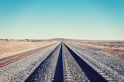 「海外」「空」「線路」「道」などがテーマのフリー写真画像