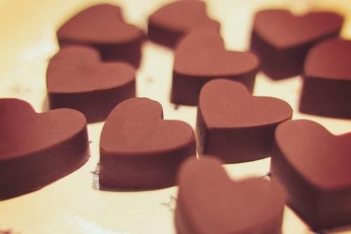 「お菓子」「お菓子作り」「チョコレート」「ハート」「食べ物」などがテーマのフリー写真画像